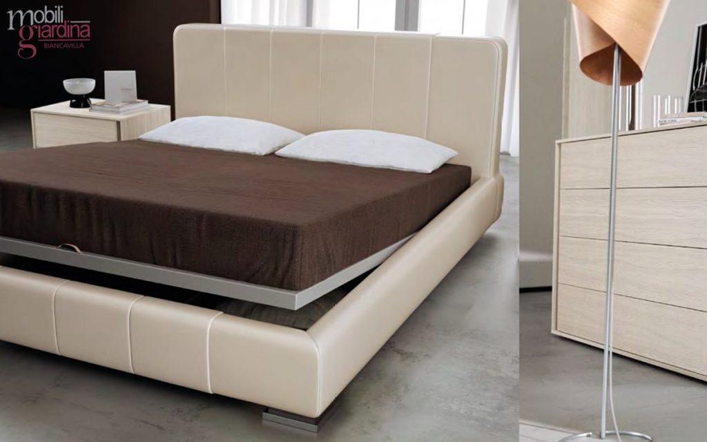 16 camere da letto concerto mercantini mobili for Mercatini mobili