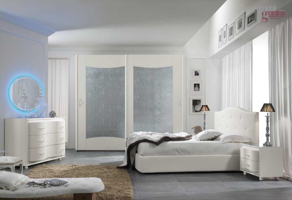 Camera da letto modello viola idee di immagini di casamia for Viola arredamenti