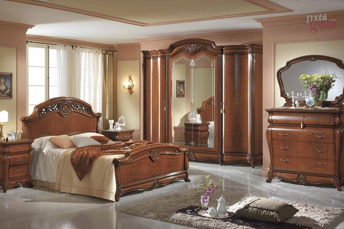Camere da letto classiche preziose intramontabili e passionali mobili giardina - Camere letto classiche ...