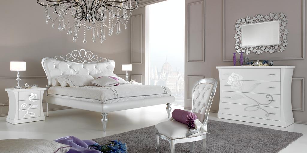 Mobili giardina camere da letto romantiche elementi for Camere da letto moderne 2018