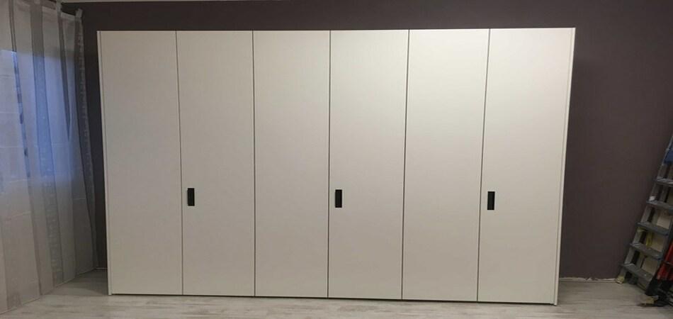 armadio moderno armadio battente mobilstella 6 ante laccato opaco di mobilstella prezzi outlet N1 330768