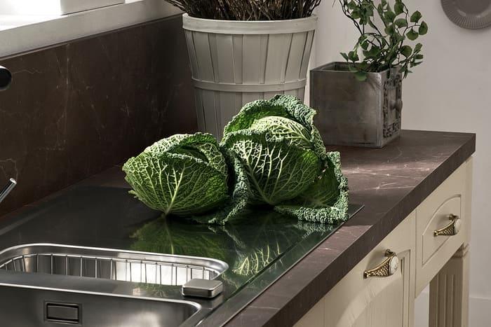 Colombini Casa Cucina Classica Mida piano marmo scuro 56b