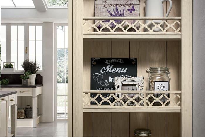 Colombini Casa Cucina Classica Mida scaffali in stile classico 53a