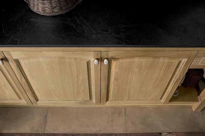 Colombini Casa Cucina Classica Mida sportelli in legno rovere crudo 84d
