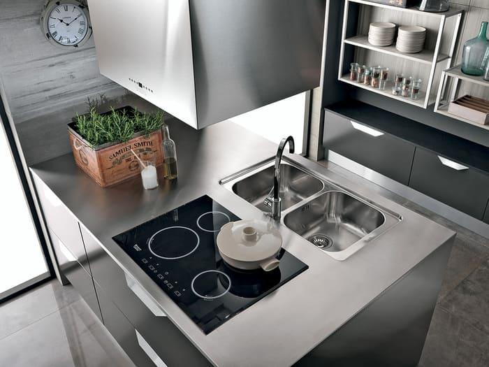 Colombini Casa Cucina Moderna Essenza cappa di design 94