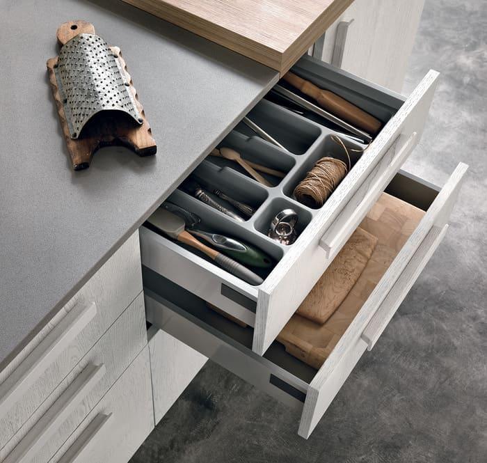 Colombini Casa Cucina Moderna Essenza cassetti funzionali 17B