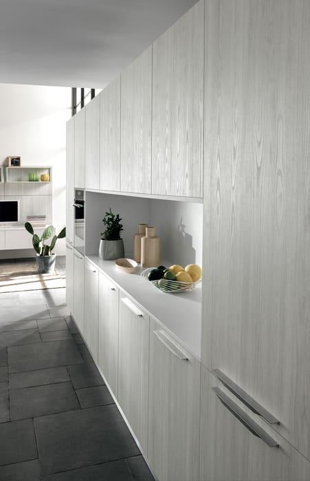 Colombini Casa Cucina Moderna Essenza sportelli con venature 68A