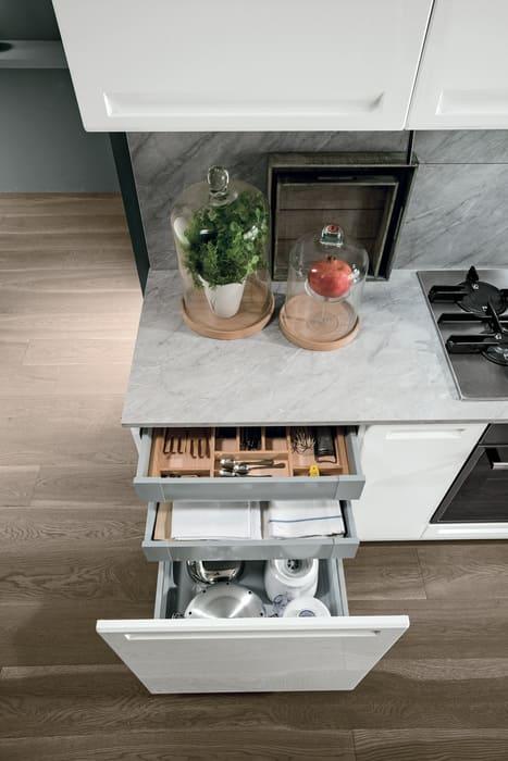 Colombini Casa Cucina Moderna Isla cassetti profondi ripartiti interno 83c