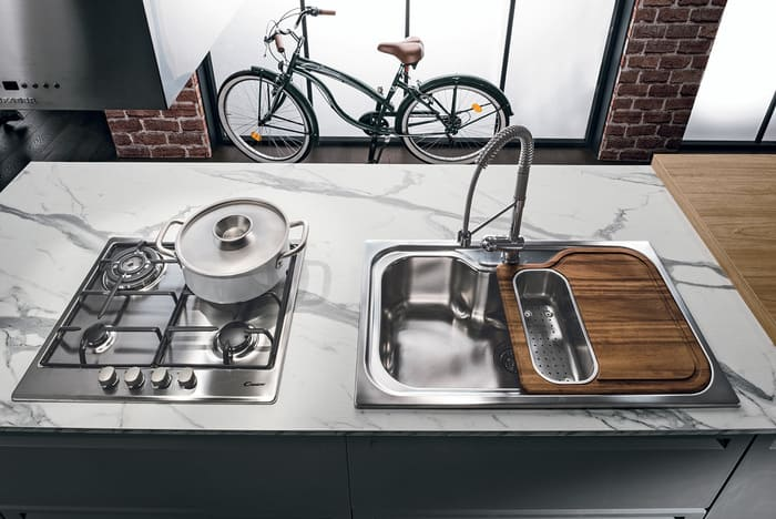 Colombini Casa Cucina Moderna Isla piano marmo 12b