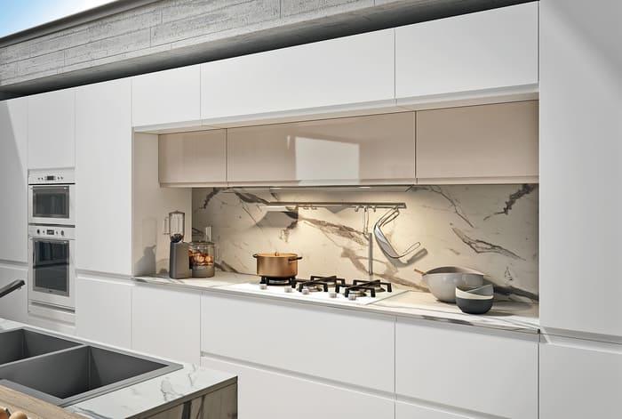 Colombini Casa Cucina Moderna Pura pensili doppia profondità 13