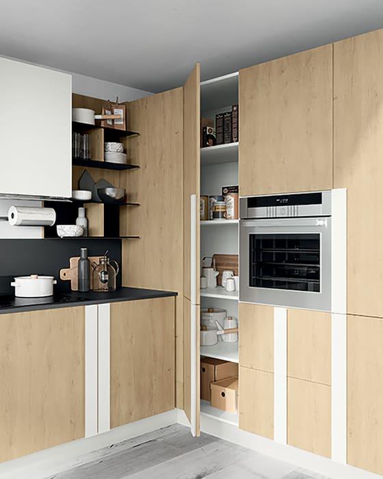 Colombini Casa Cucina Moderna Quadra 3 sportelli scaffali interni 5a