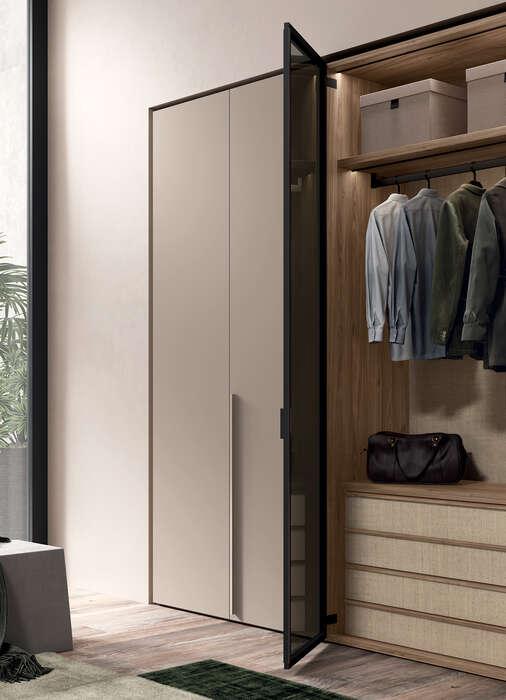 armadio anta battente in stile moderno solid vetro e legno interno