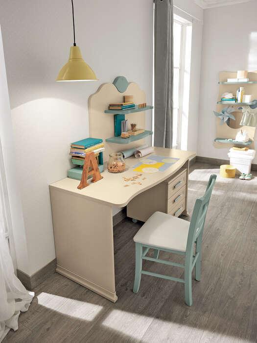 camerette bambini stile classico composizione tipo beige e verde dettaglio scrivania